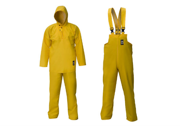 The Waterproof Fishing Suit contains a medium-length smock and bib & brace trousers. It is made from a flexible PVC-coated Plavitex fabric.