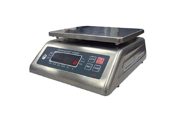 The stainless steel 31SPN waterproof indoor scales is ideal for precision weighing. Max 15kg, readability to 1g. Digital display.