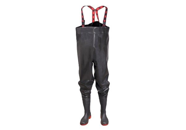 These very affordable CHEST WADERS from PROS EXTREME are made of strong new generation rubber giving them excellent waterproofing qualities. PVC boots.