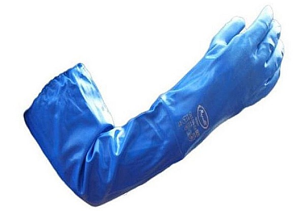 These G901 Long Blue Gloves from Maprotec are jersey lined and fully coated in nitrile to ensure waterproofing. 68cm long & elasticated at the shoulders.