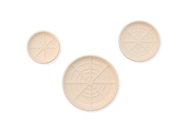 Round Eco Presentation Platters available in 3 sizes. Perfect for seafood displays. Completely biodegradable and compositable.